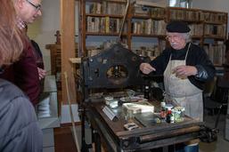 EAZ am Tag der Druckkunst in seiner ehemaligen Werkstatt im Druckereimuseum, Foto: Olaf Winkelmann