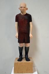 Ilka Rautenstrauch, Figur mit schwarzen Strümpfen, 2019, Pappel, Acryl, H.150 cm